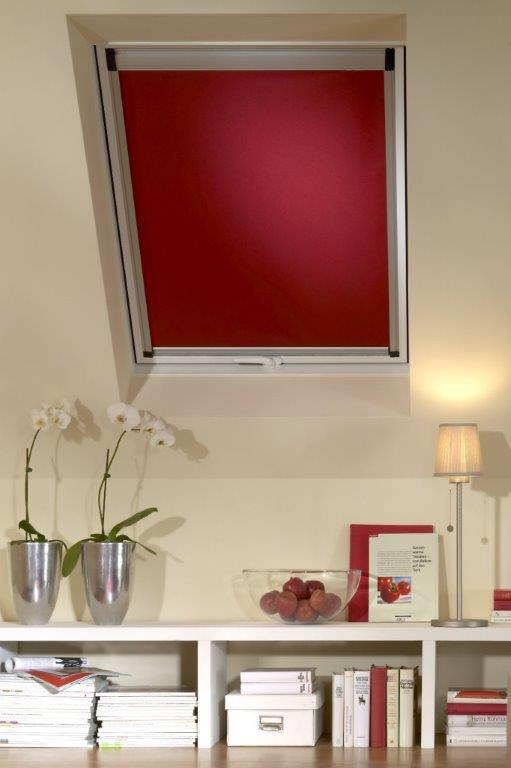fenster verdunkeln in 5 schritten zu hitzeschutz. Black Bedroom Furniture Sets. Home Design Ideas