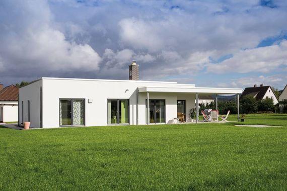 Fingerhaus bungalow  Bungalow: 5 Vorteile für Familien und die Generation 50plus ...