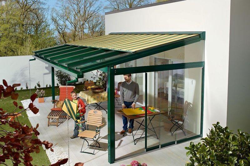 5 tipps f r das sch tzende glasdach auf der terrasse ratgeberzentrale. Black Bedroom Furniture Sets. Home Design Ideas