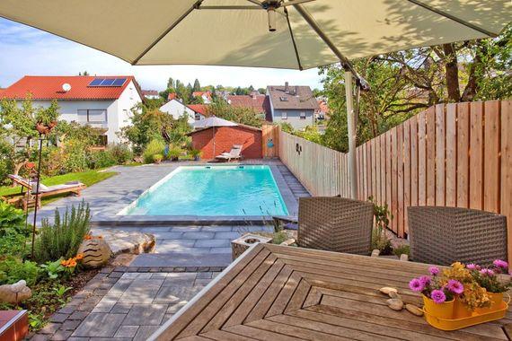 schwimmbad bauen 8 goldene tipps f r das garten paradies. Black Bedroom Furniture Sets. Home Design Ideas