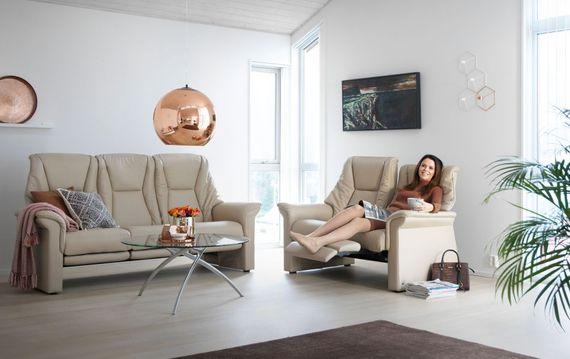 so wird 39 s hygge 6 einrichtungsideen f rs wohnzimmer ratgeberzentrale. Black Bedroom Furniture Sets. Home Design Ideas