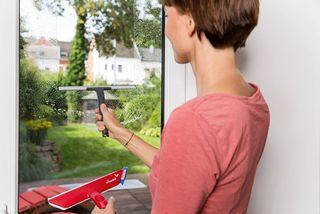 7 Tipps fürs Fenster putzen, ohne Streifen zu hinterlassen ...