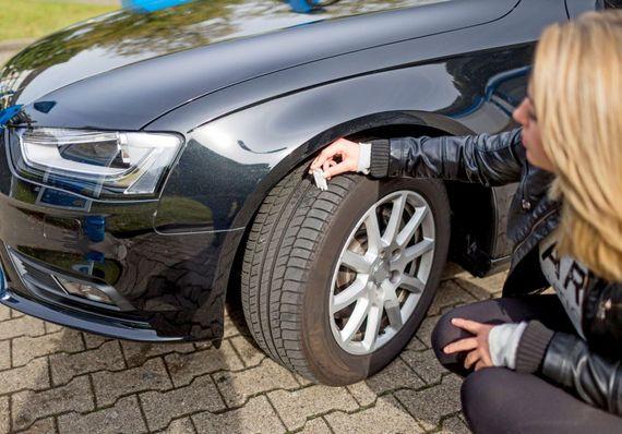 Profiltiefe Messen 5 Fakten Rund Um Den Reifencheck Ratgeberzentrale