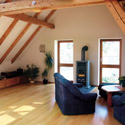 dachausbau 3 tipps zum sparen mit der richtigen d mmung ratgeberzentrale. Black Bedroom Furniture Sets. Home Design Ideas