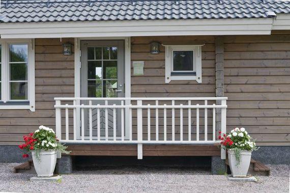 Gut Holzlasur für Außen: Fassaden richtig schützen - RatGeberZentrale DO21