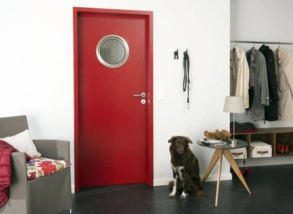 zimmert ren mit glaseinsatz 5 tipps f r mehr licht wohnlichkeit ratgeberzentrale. Black Bedroom Furniture Sets. Home Design Ideas