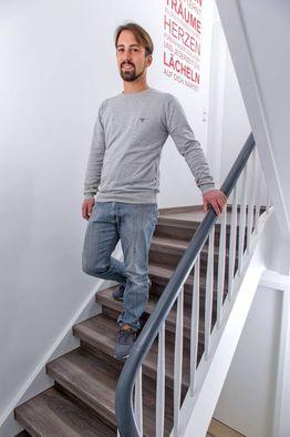 treppenhaus gestalten die besten tipps f r einladende. Black Bedroom Furniture Sets. Home Design Ideas